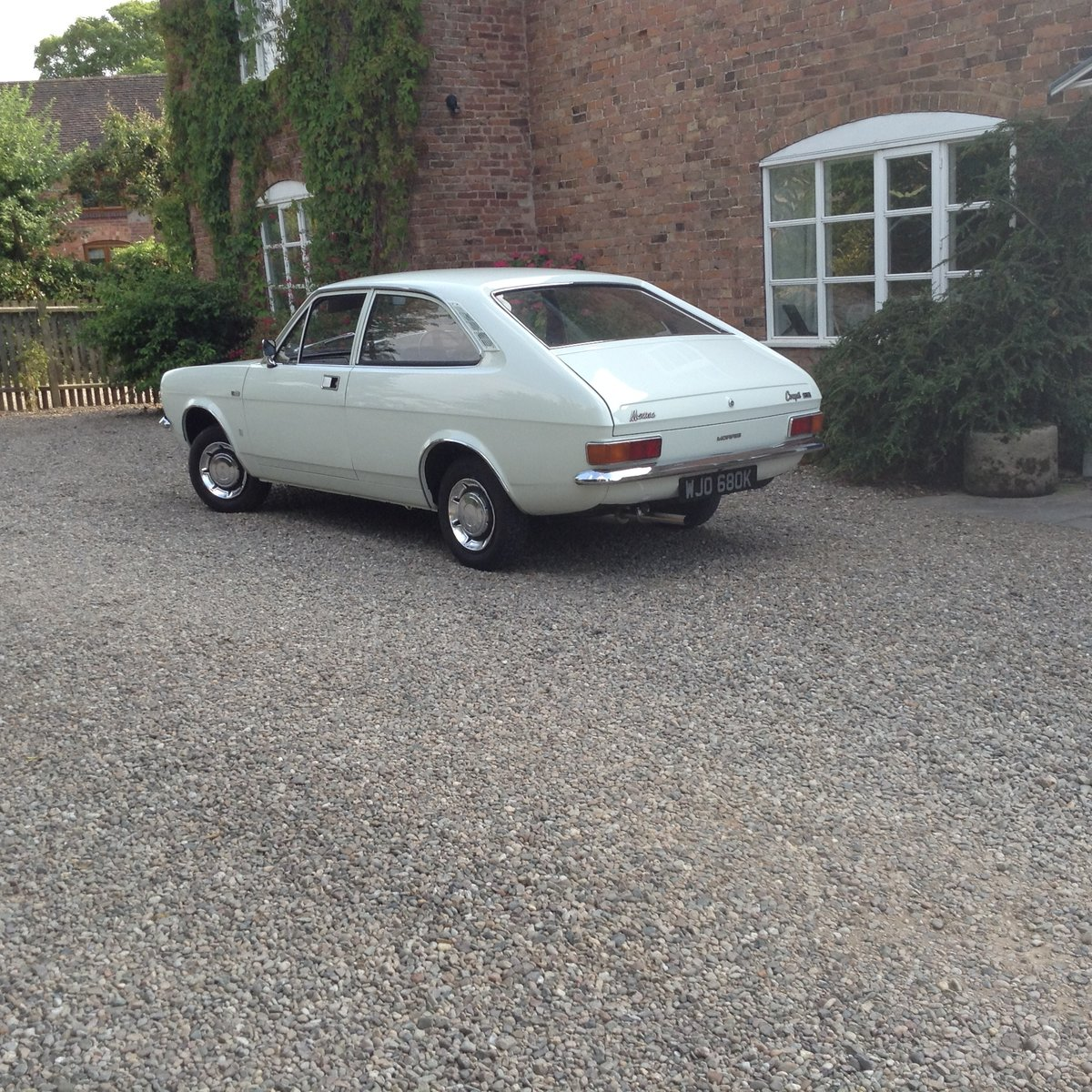 1972 Morris Marina 1.3 Coupe SOLD (picture 3 of 6)