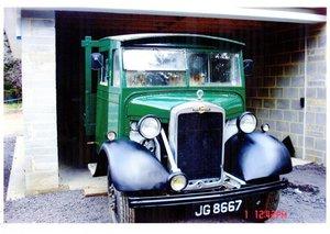 1937 Morris tipper historic vehicle