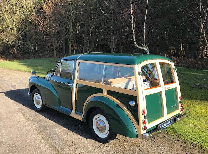 1966 Morris Minor Traveller - British Racing Green, NEW WOOD For Sale (picture 2 of 6)