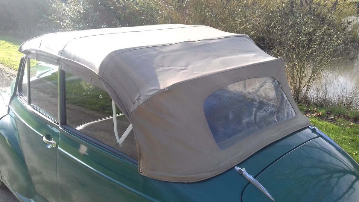 1962 MORRIS MINOR TOURER 'FACTORY CONVERTIBLE' (MAT) ~ VALUE SOLD (picture 2 of 6)