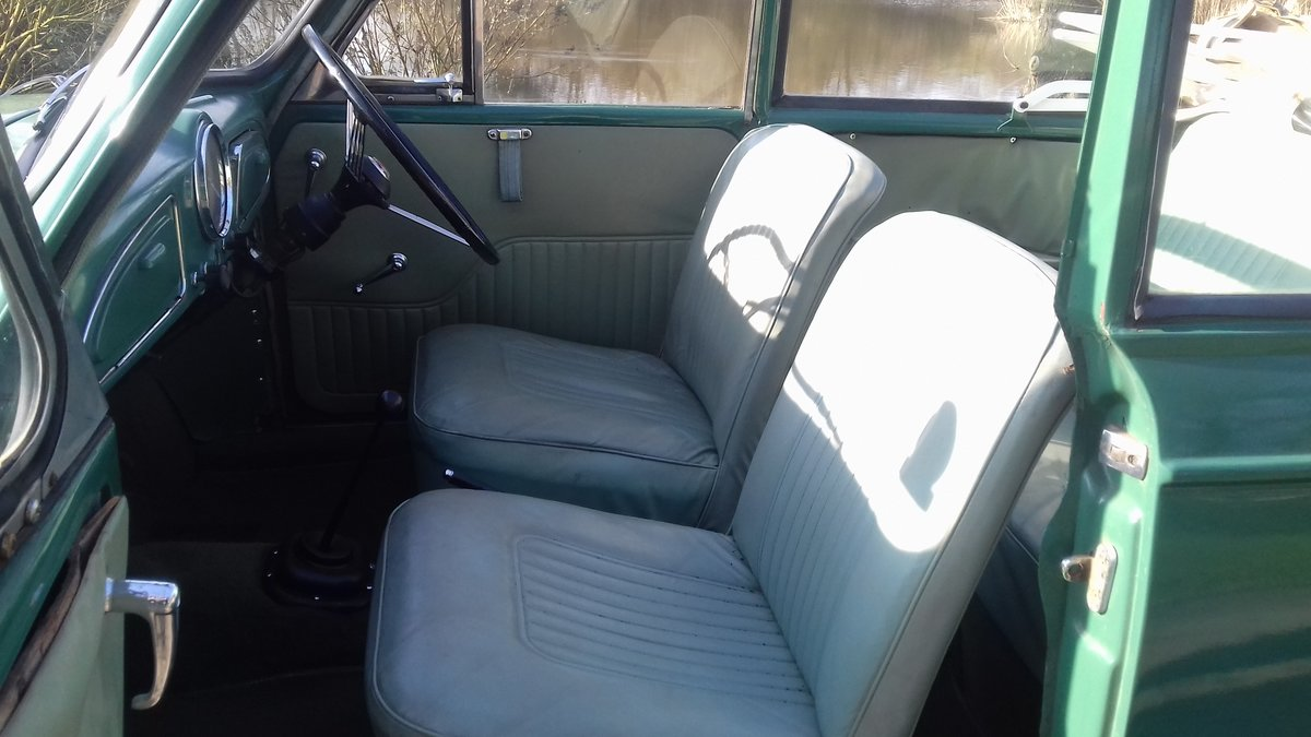 1962 MORRIS MINOR TOURER 'FACTORY CONVERTIBLE' (MAT) ~ VALUE SOLD (picture 4 of 6)
