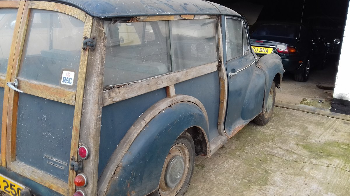 1968 MORRIS MINOR TRAVELLER ~ BARN FIND ~ RESTO PROJECT!     SOLD (picture 3 of 6)