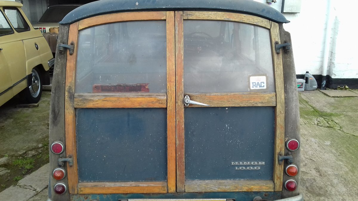 1968 MORRIS MINOR TRAVELLER ~ BARN FIND ~ RESTO PROJECT!     SOLD (picture 4 of 6)