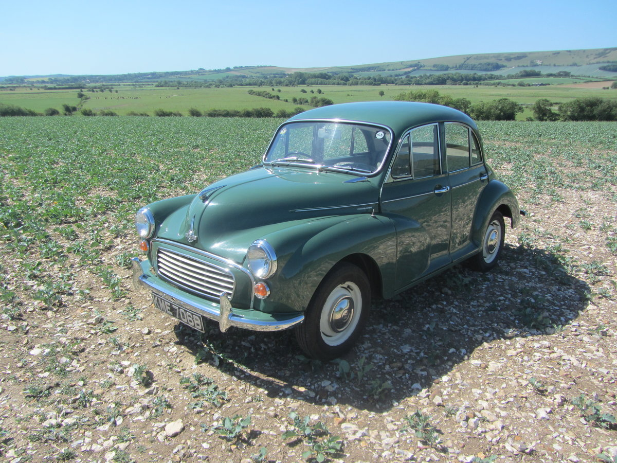MORRIS MINOR SALOON 1964 For Sale (picture 2 of 6)