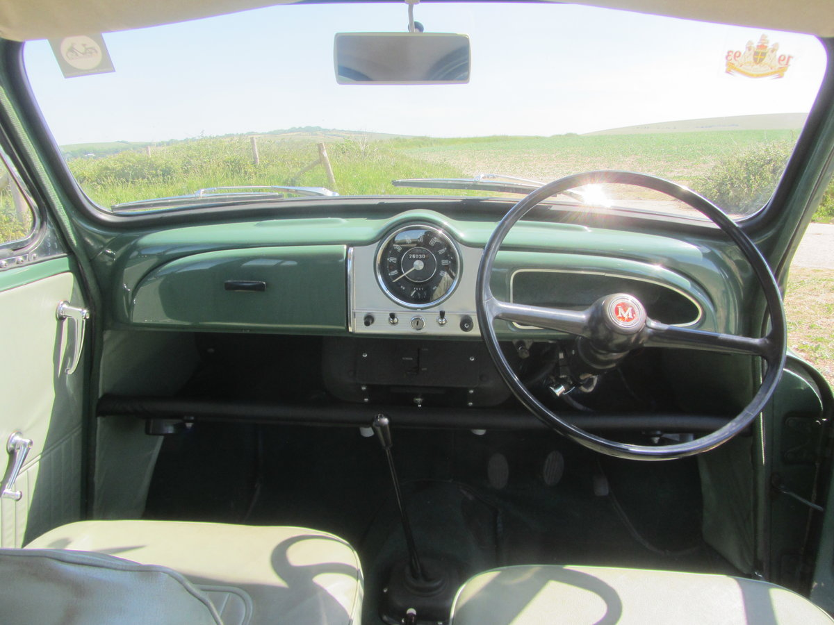 MORRIS MINOR SALOON 1964 For Sale (picture 4 of 6)
