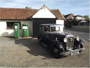 1933 Morris 10/4 sliding head saloon For Sale