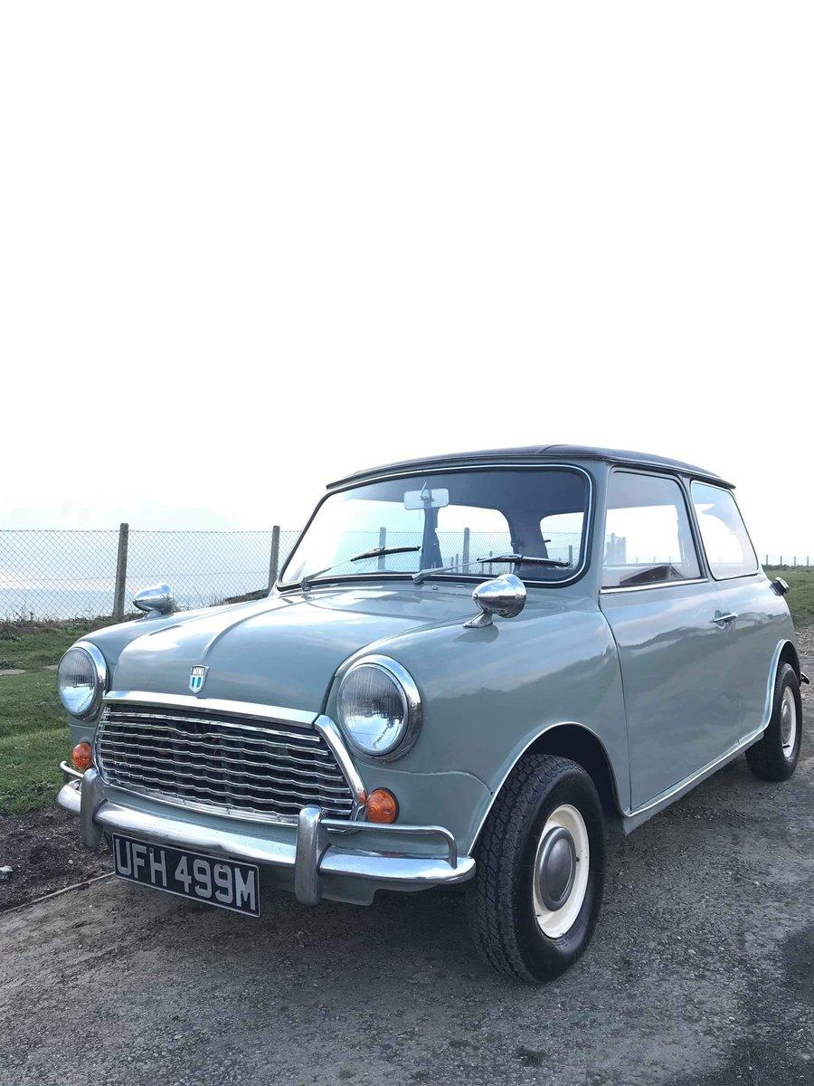 1973 Classic Morris Mini  SOLD (picture 1 of 6)