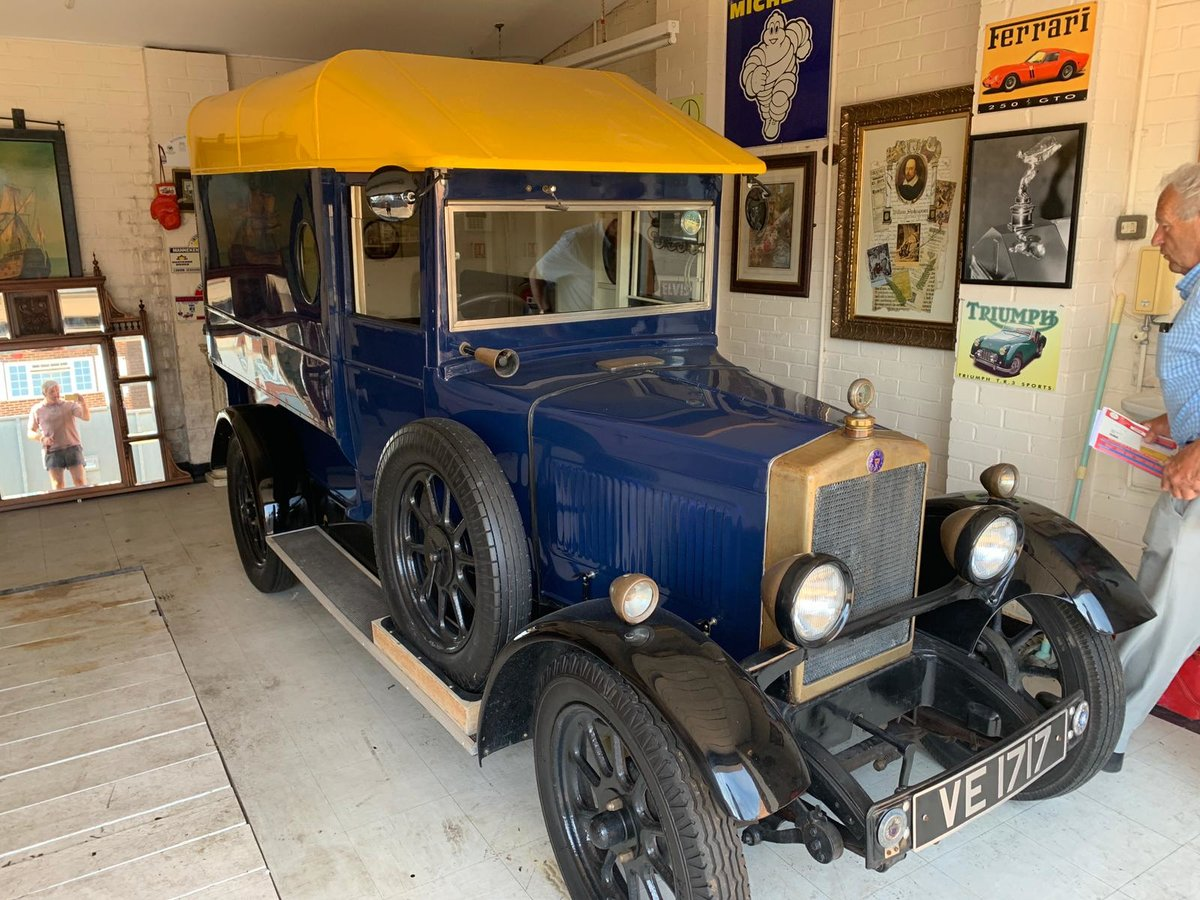 VERY RARE 1929 MORRIS COWLEY VAN For Sale (picture 1 of 6)