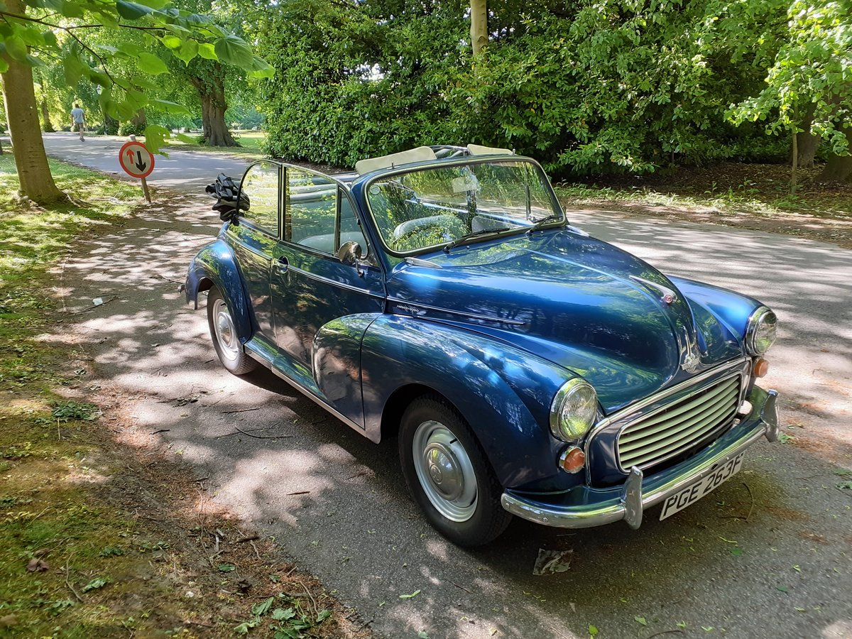 1968 Superb Morris Minor Convertible SOLD (picture 2 of 6)