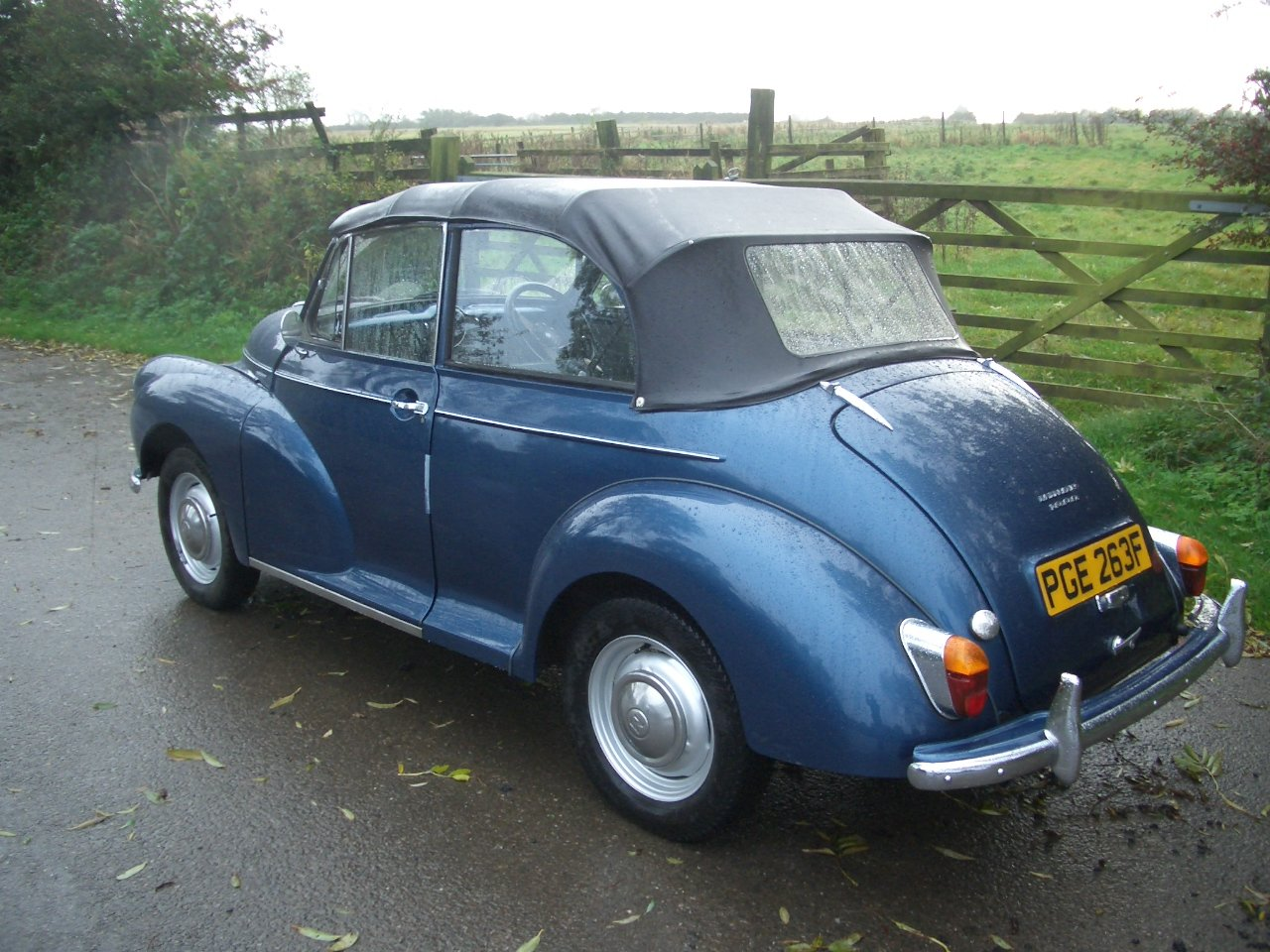 1968 Superb Morris Minor Convertible SOLD (picture 4 of 6)