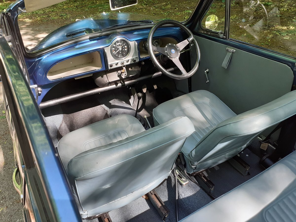1968 Superb Morris Minor Convertible SOLD (picture 5 of 6)