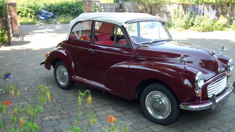 1969 Morris Minor 1000 Convertible SOLD (picture 2 of 6)