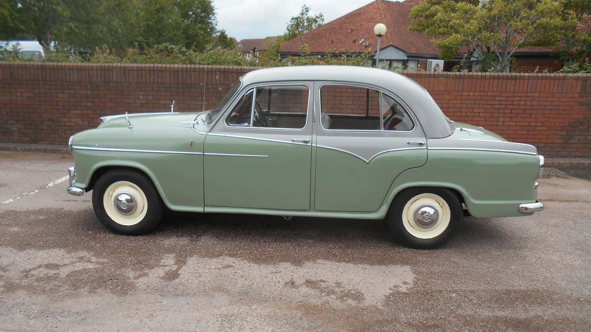 1958 Morris Isis Mk11  (original reg) For Sale (picture 1 of 6)