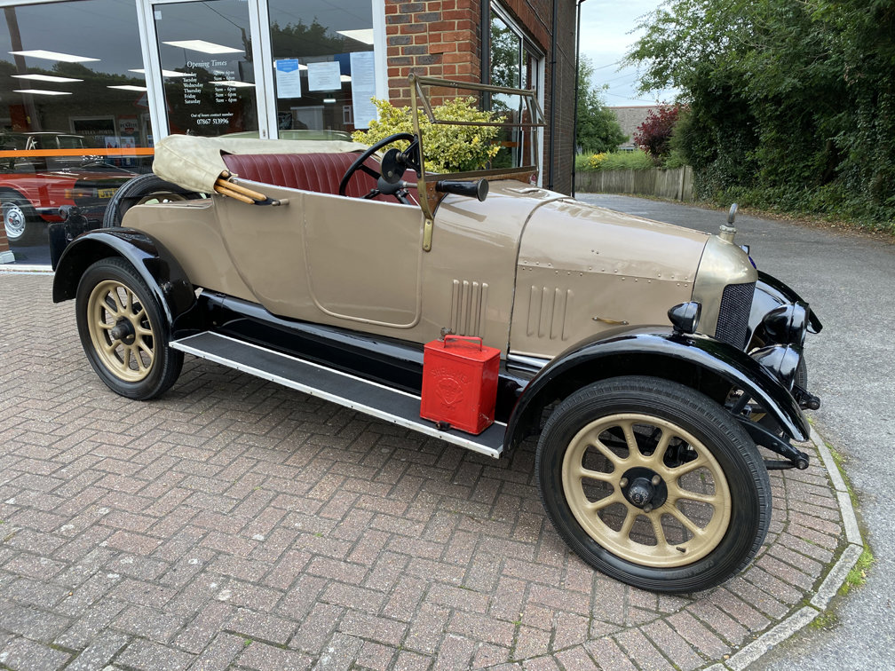 1924 MORRIS COWLEY BULLNOSE 2 SEAT TOURER with DICKEY SEAT SOLD (picture 1 of 1)