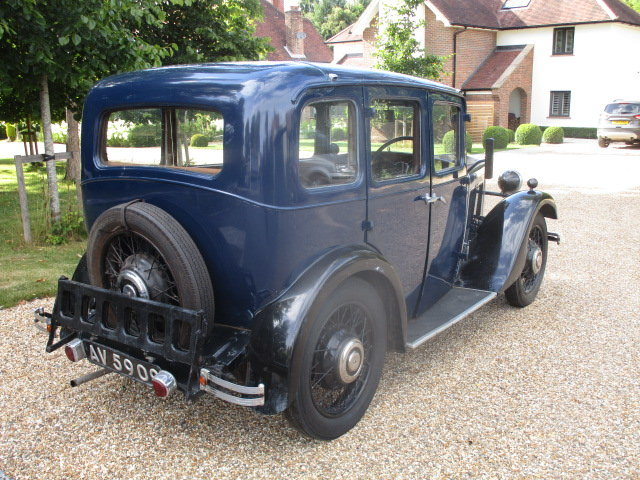 1933 Morris 10/4 Saloon (Lovely oily rag condition) For Sale (picture 2 of 6)