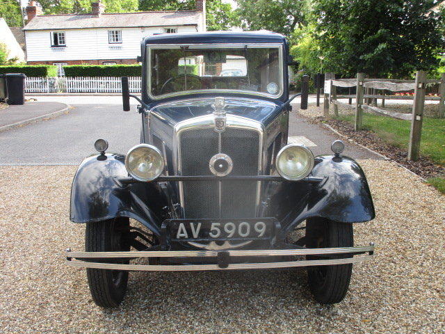 1933 Morris 10/4 Saloon (Lovely oily rag condition) For Sale (picture 3 of 6)