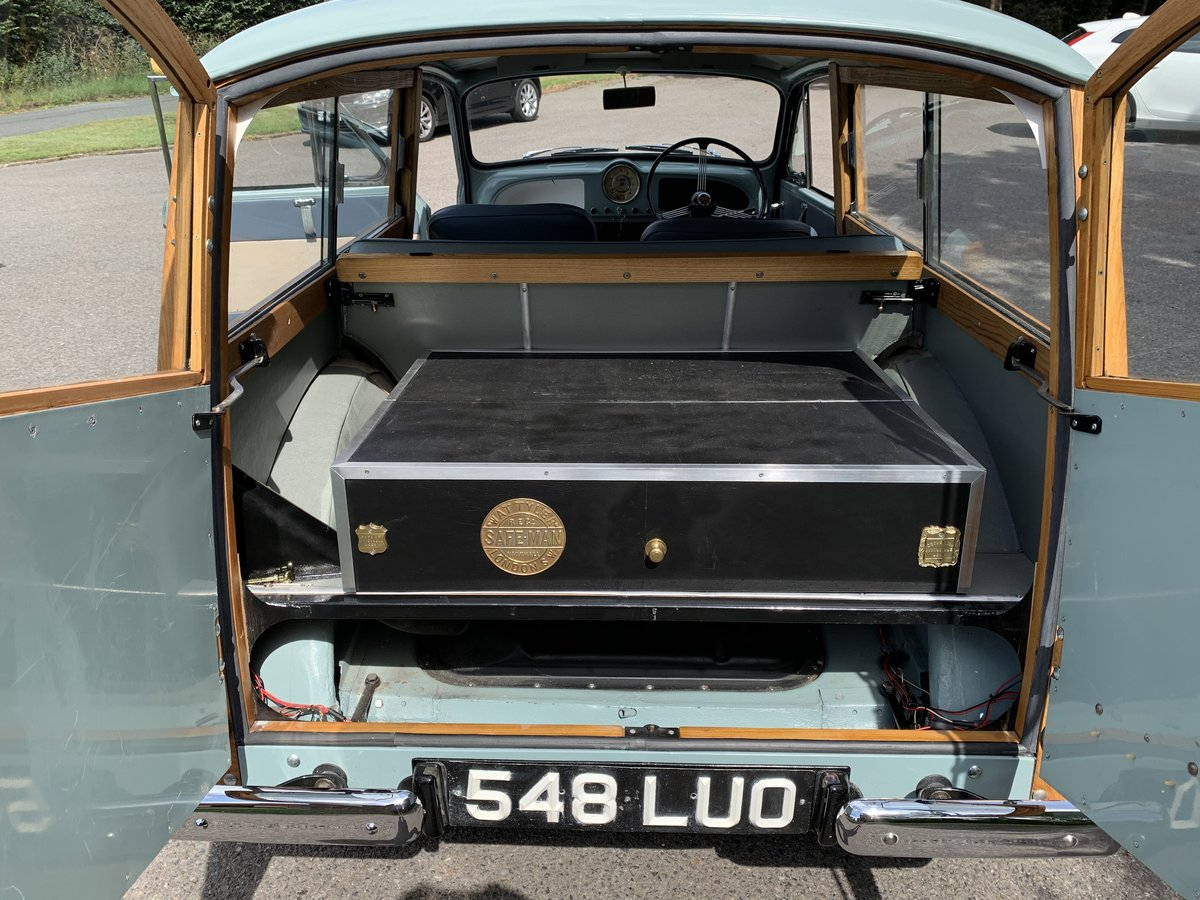 1962 morris traveller For Sale (picture 4 of 6)