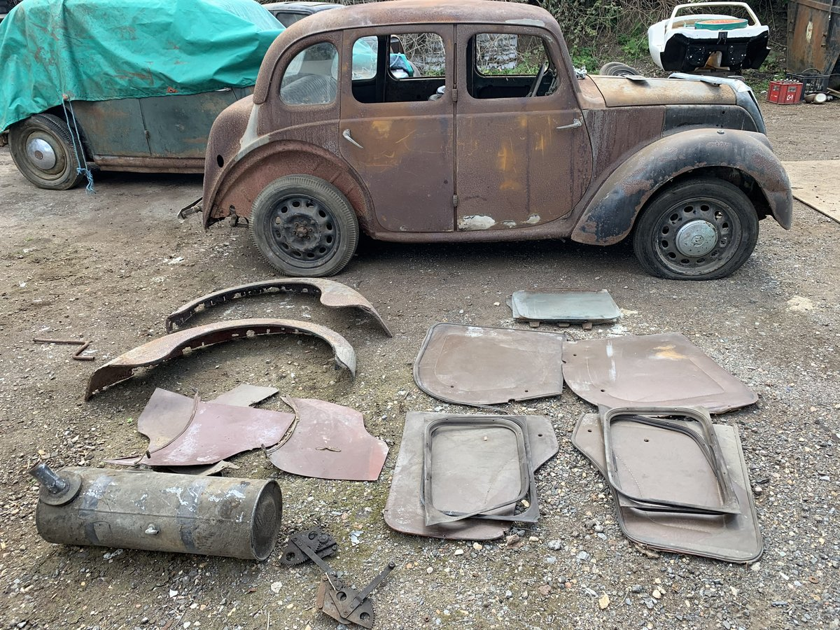 1947 Morris 8 series e barn find For Sale (picture 1 of 6)
