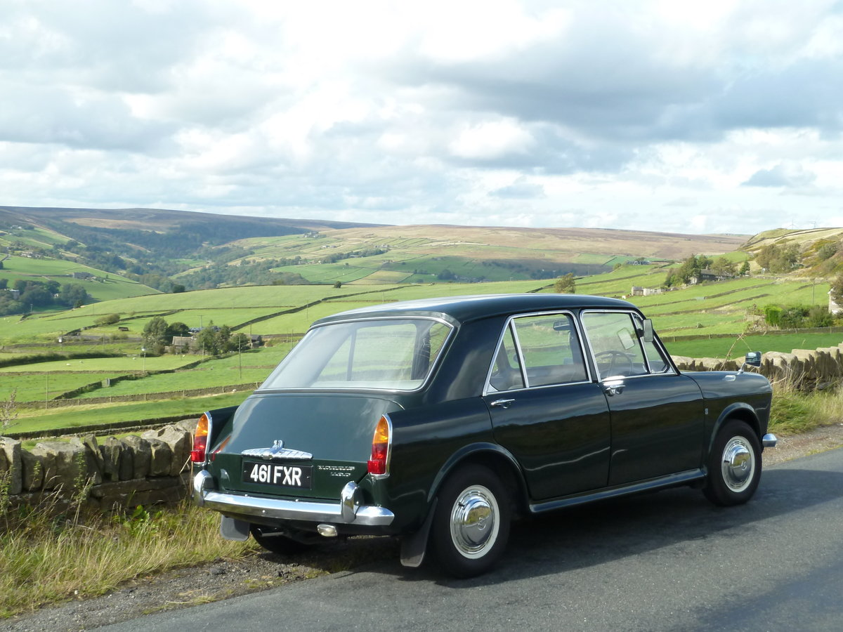 1963 MORRIS 1100 ~ Lovely Condition SOLD (picture 2 of 6)
