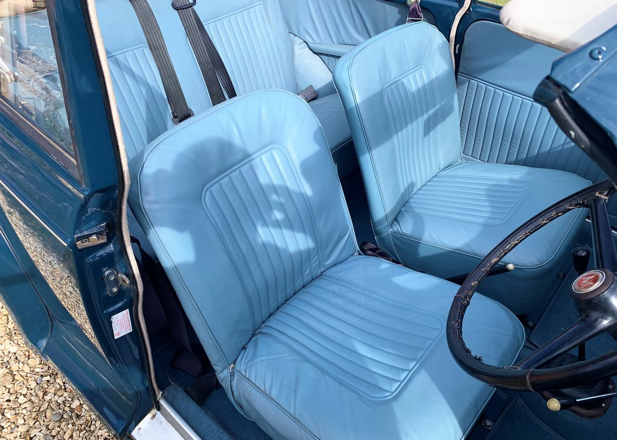 1967 Morris Minor Convertible (Factory Original) Restored example For Sale (picture 3 of 6)