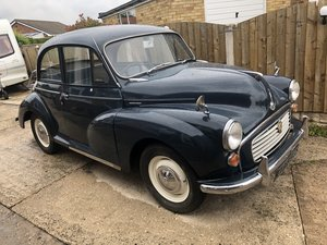 Morris Minor Saloon