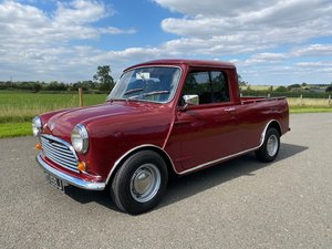 Picture of 1971 Morris Mini Pickup in Red with an Ifor Williams alumini SOLD