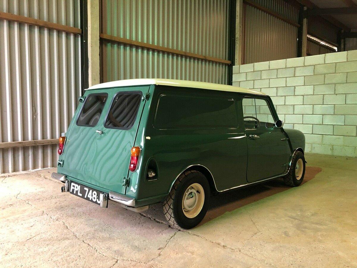 1971 Classic mini van  For Sale (picture 1 of 6)
