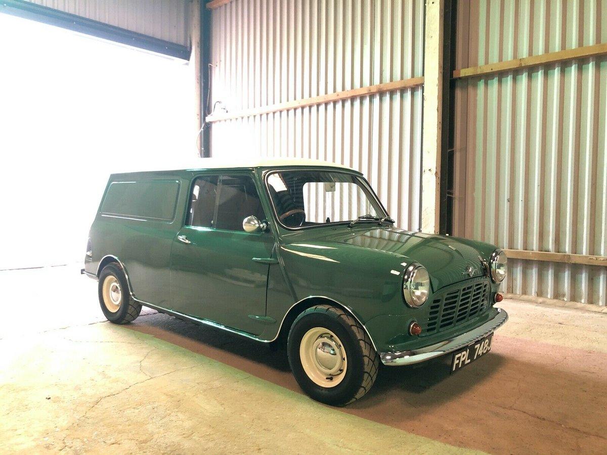 1971 Classic mini van  For Sale (picture 2 of 6)
