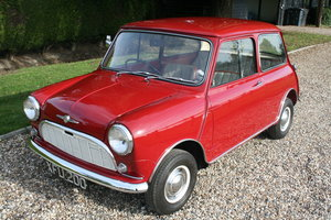 Picture of 1960 Morris Mini Minor De Luxe Saloon.Fabulous Early Mini