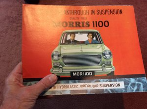 Morris 1100 Colourful ORIGINAL sales brochure