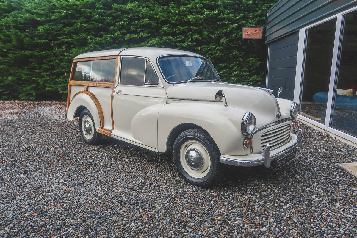 1967 Pristine Morris Minor Traveller For Sale (picture 1 of 12)