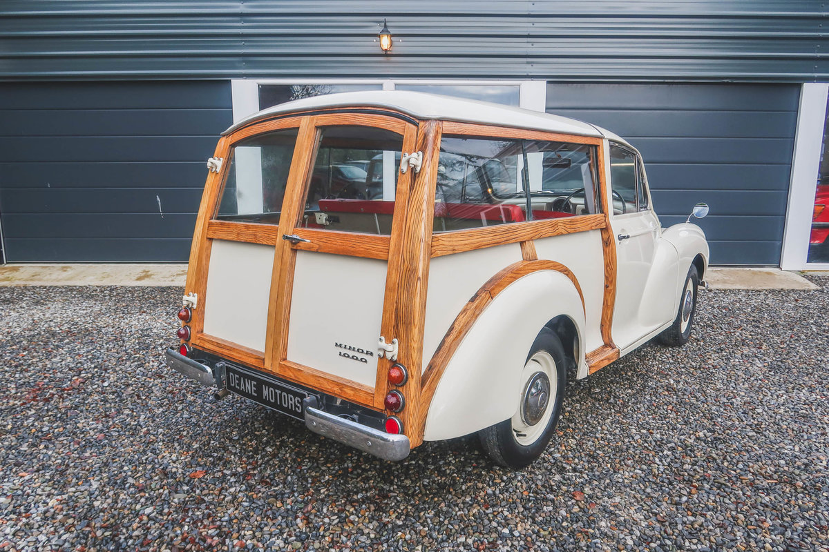 1967 Pristine Morris Minor Traveller For Sale (picture 2 of 12)