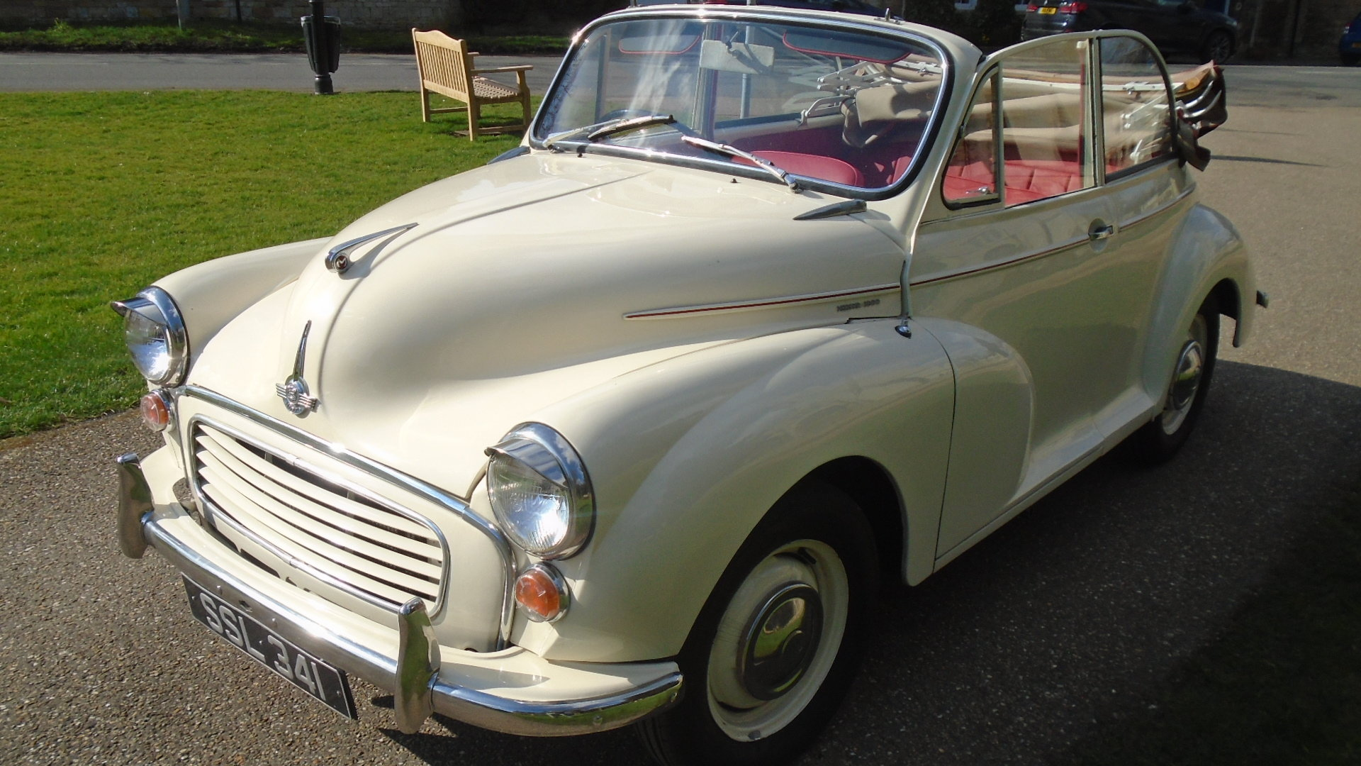 1962 Morris Minor Convertible, Genuine Tourer. For Sale (picture 2 of 10)