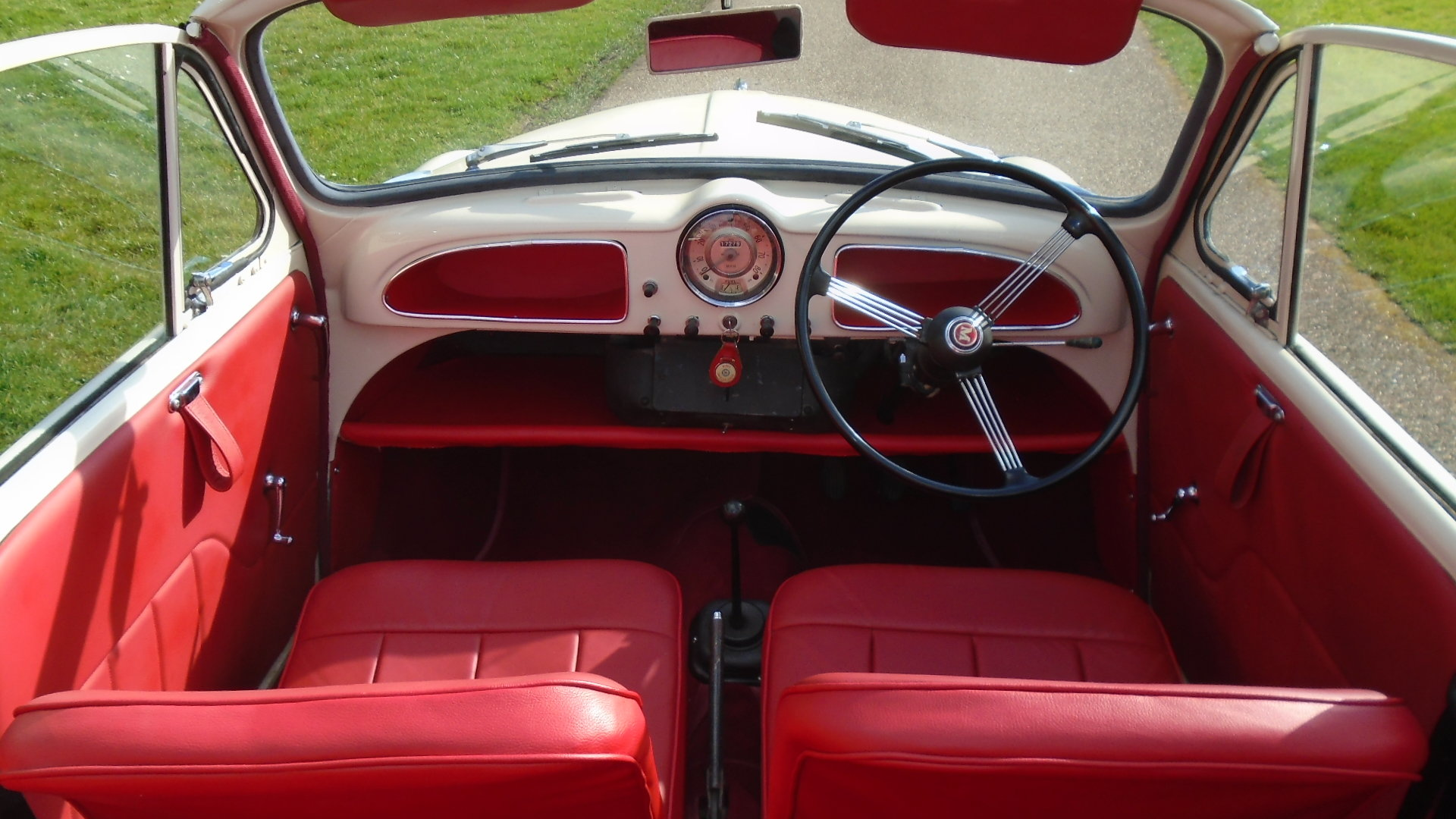 1962 Morris Minor Convertible, Genuine Tourer. For Sale (picture 6 of 10)