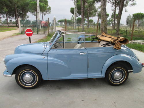 1953 Morris Minor Blue Cabrio For Sale (picture 2 of 6)
