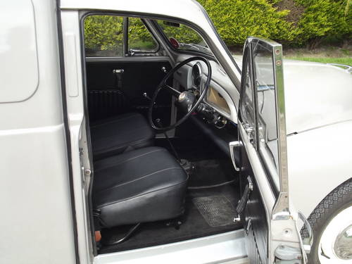 1969 Morris Minor Van. Now Sold. Similar Vans Wanted Wanted (picture 4 of 6)