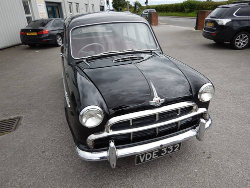 1955 MORRIS OXFORD Series II ~ Genuine 18499 Miles ~  SOLD (picture 2 of 6)