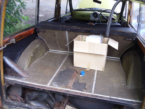 Morris Minor Traveller 1971 Breaking For Spares For Sale (picture 5 of 6)