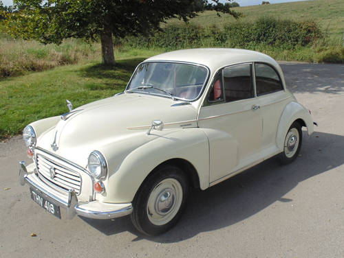 1961 Morris Minor 1000 SOLD (picture 1 of 6)