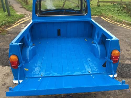 Austin/Morris Mini Pickup 1981 X Blue Superb £18,995 For Sale (picture 4 of 6)