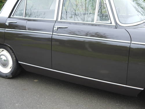 1970 MORRIS OXFORD MKV1 SALOON - EXCELLENT VALUE !! SOLD (picture 4 of 6)