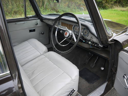 1970 MORRIS OXFORD MKV1 SALOON - EXCELLENT VALUE !! SOLD (picture 5 of 6)