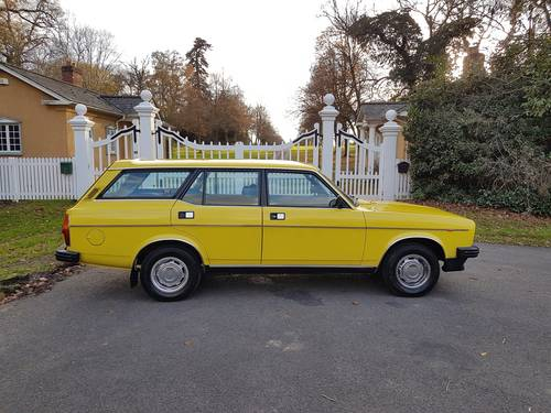 1980 Morris Marina Estate, Low Mileage, Beautiful Condition SOLD (picture 1 of 6)