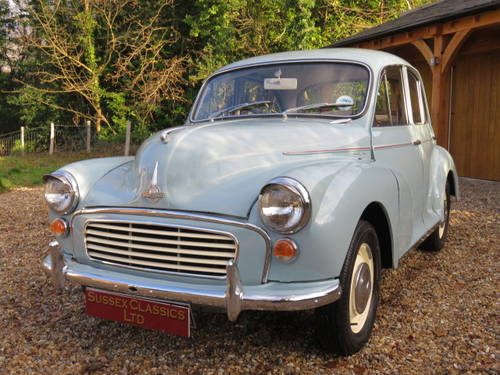 1969 Morris Minor 1000 (Credit/Debit Cards & Delivery) SOLD (picture 1 of 6)