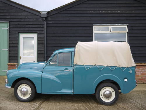 1970 MORRIS MINOR PICK-UP - EXCELLENT OLDER RESTORATION !! SOLD (picture 3 of 6)