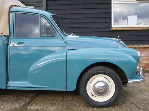1970 MORRIS MINOR PICK-UP - EXCELLENT OLDER RESTORATION !! SOLD (picture 4 of 6)