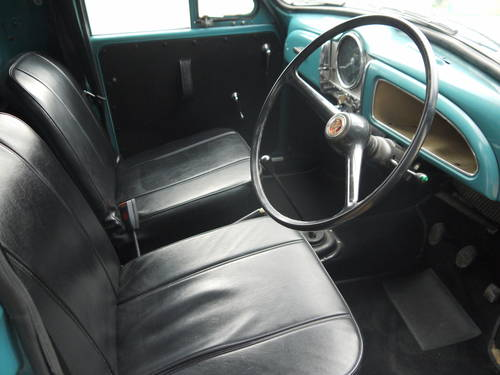 1970 MORRIS MINOR PICK-UP - EXCELLENT OLDER RESTORATION !! SOLD (picture 5 of 6)