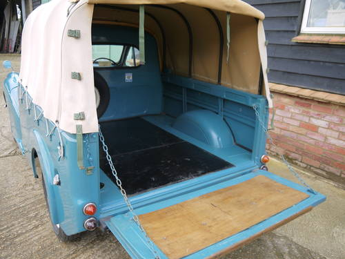 1970 MORRIS MINOR PICK-UP - EXCELLENT OLDER RESTORATION !! SOLD (picture 6 of 6)