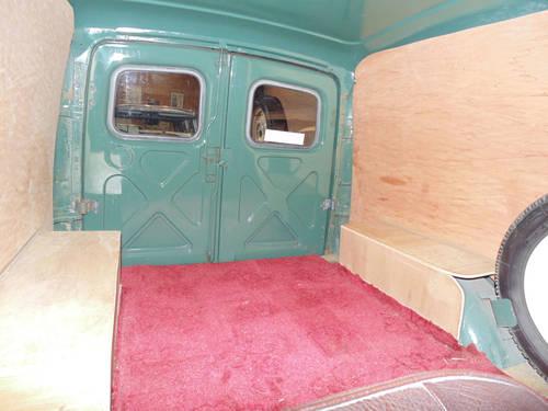 1967 Morris Minor 1000 Van SOLD (picture 5 of 6)