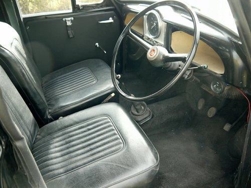 1969 MORRIS MINOR 1000 Van  SOLD (picture 5 of 6)